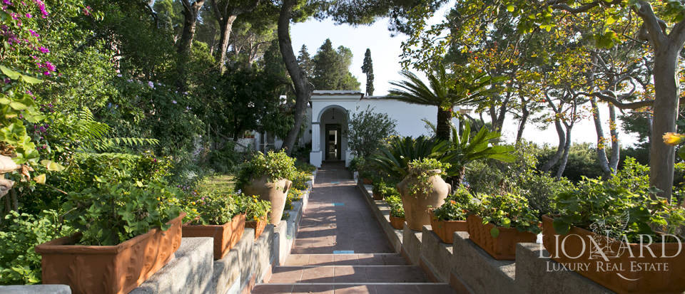 Villa for sale in Capri Image 8