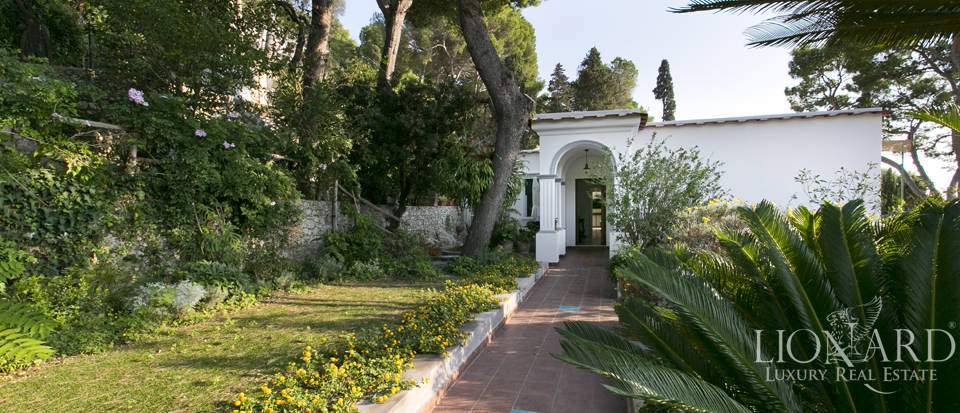 Villa for sale in Capri Image 9