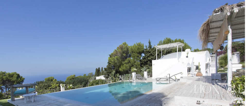 Villa for sale in Capri Image 15