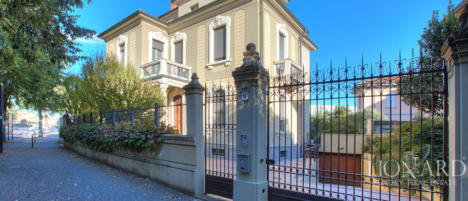 art nouveau villa for sale in voghera