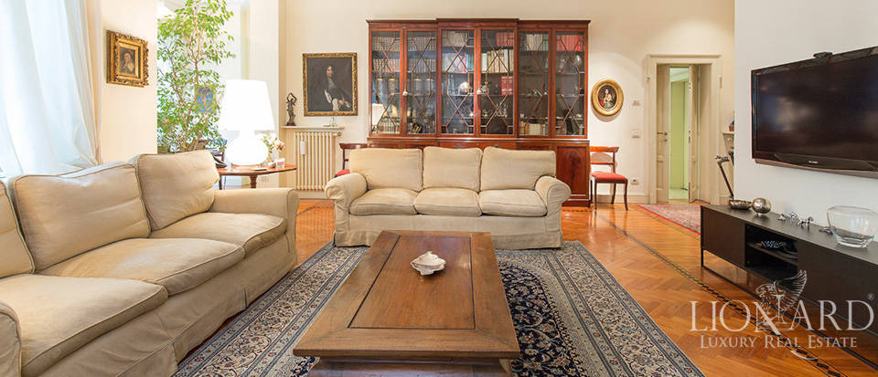 Villa for sale in Milan Image 11