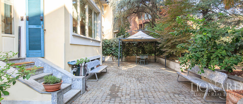 Villa for sale in Milan Image 7