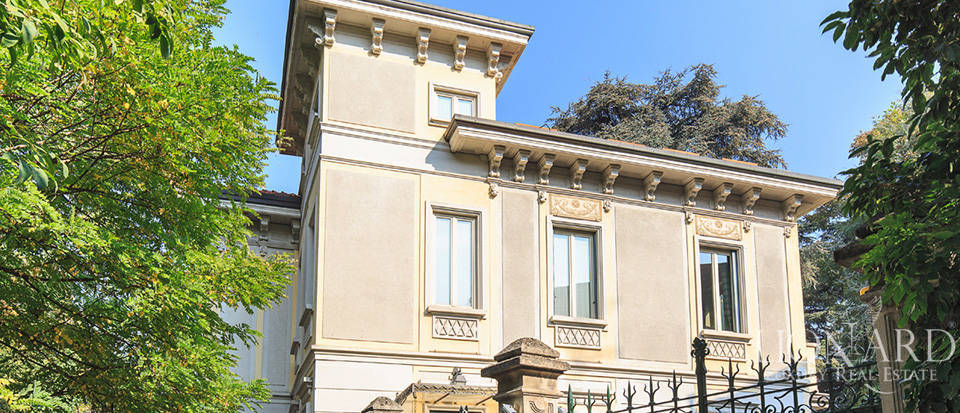 Villa for sale in Milan Image 4