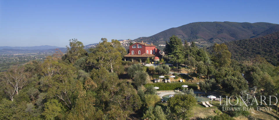 Luxury villa with swimming pool in Maremma Image 5