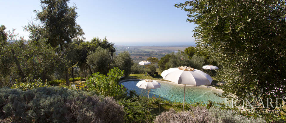 Luxury villa with swimming pool in Maremma Image 7