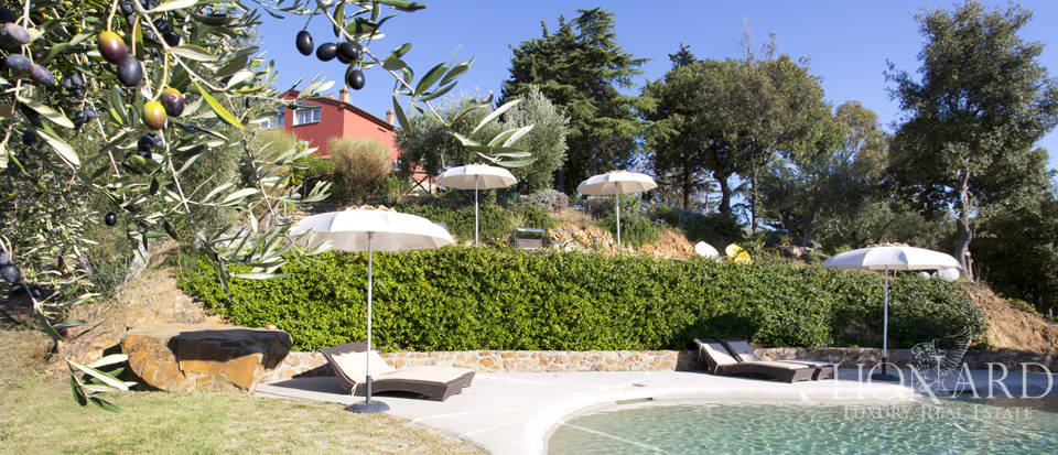 Luxury villa with swimming pool in Maremma Image 9
