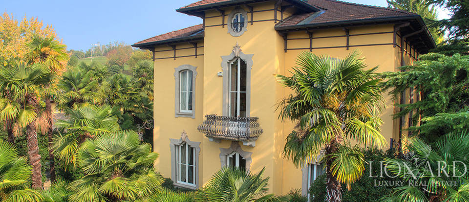 historical villa for sale in the brianza area