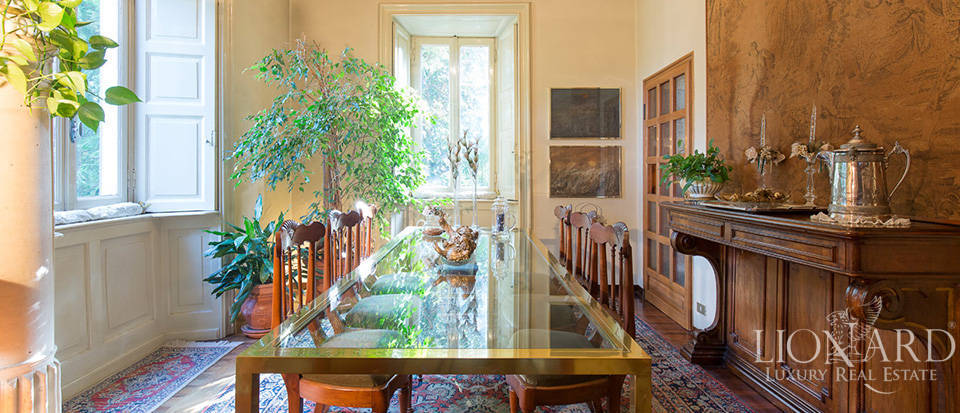 Historical villa for sale in the province of Lecco Image 30