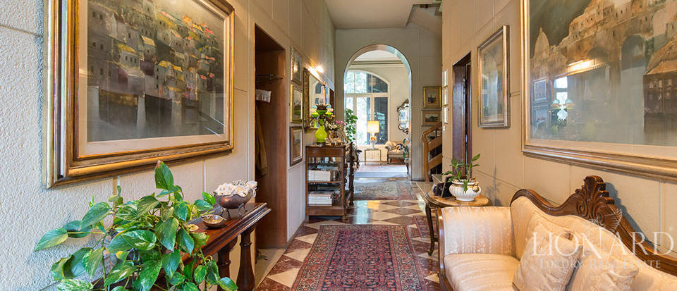 Historical villa for sale in the province of Lecco Image 31