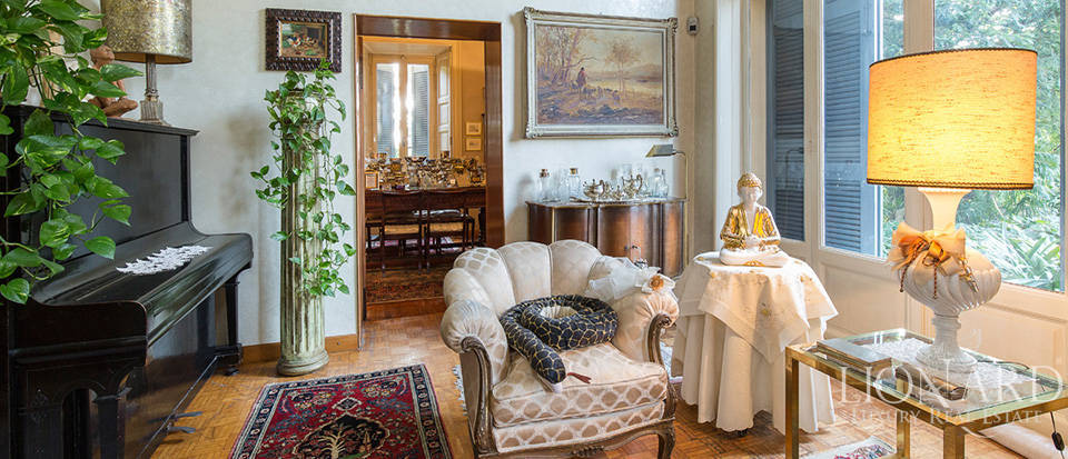 Historical villa for sale in the province of Lecco Image 29
