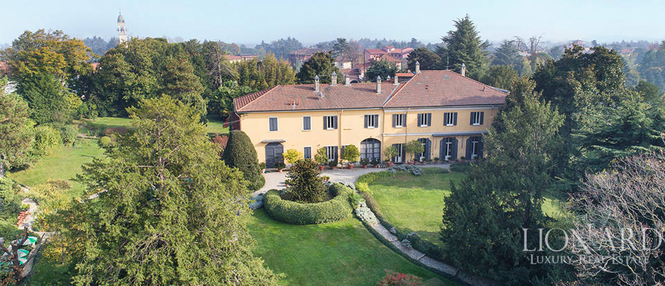 stunning historical estate for sale in brianza