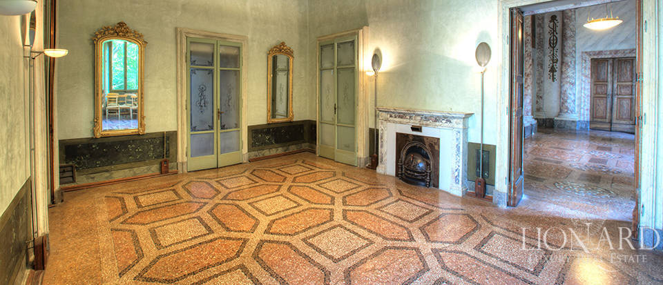 Historical building for sale in Cremona Image 14