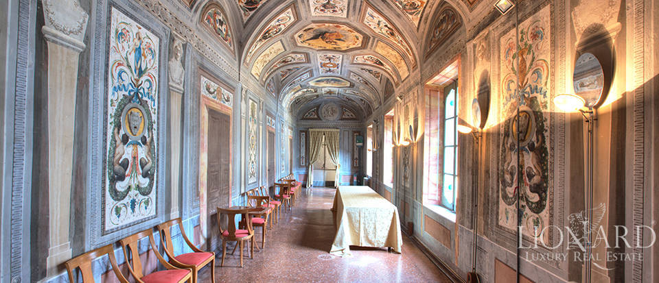 Historical building for sale in Cremona Image 21
