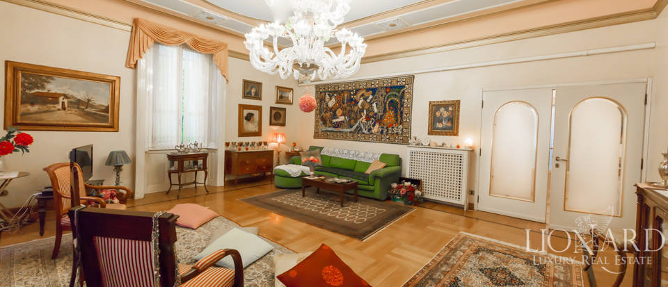 independent villa for sale in milan