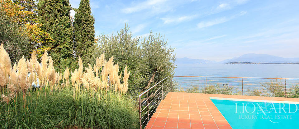 Villa for sale by Lake Garda Image 9