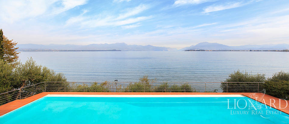 Villa for sale by Lake Garda Image 7