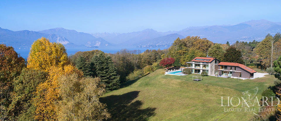 Luxurious villa for sale by Lake Maggiore Image 55
