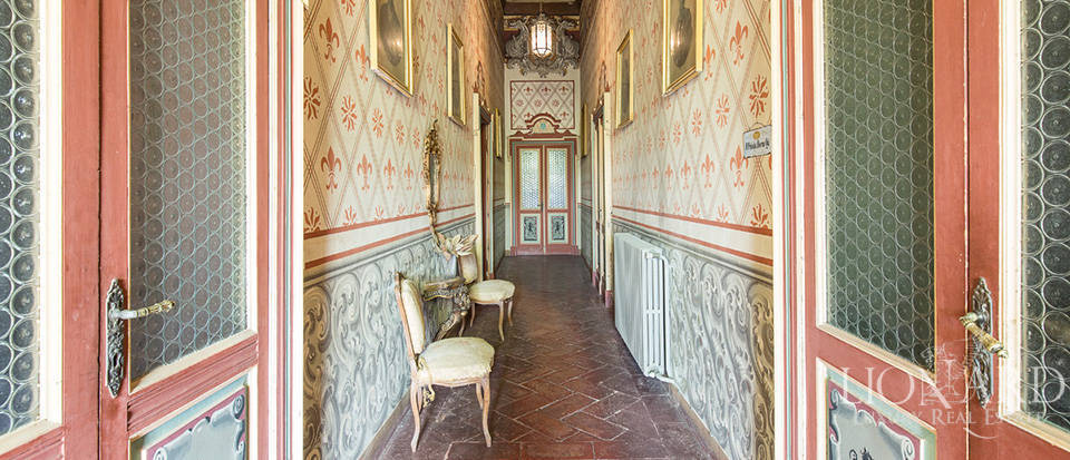 Magnificent castle for sale in Lombardy Image 45