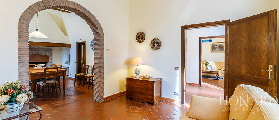 Villa for sale in Tuscany Image 29