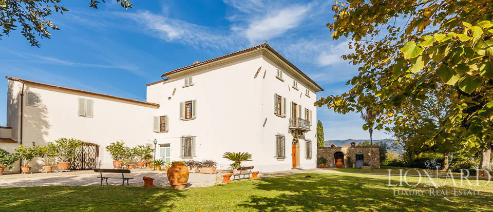 Villa for sale in Tuscany Image 16