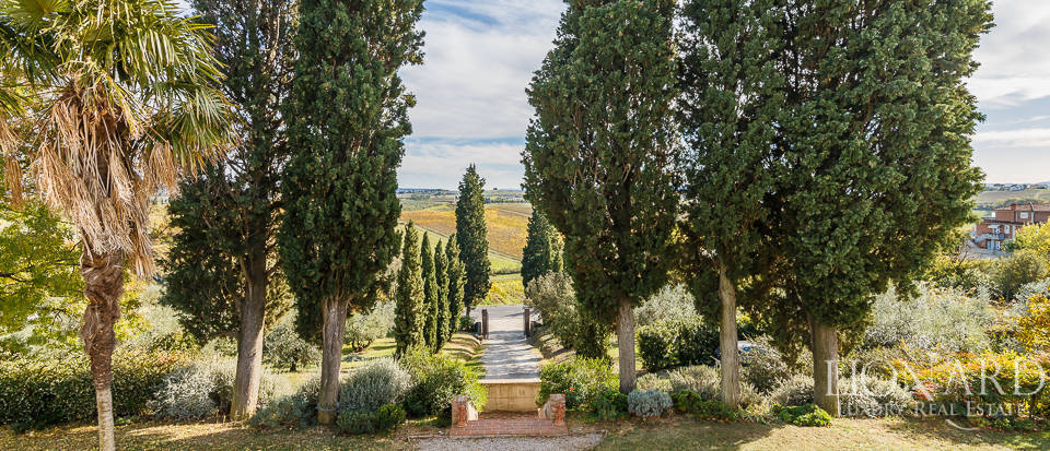 Villa for sale in Tuscany Image 27