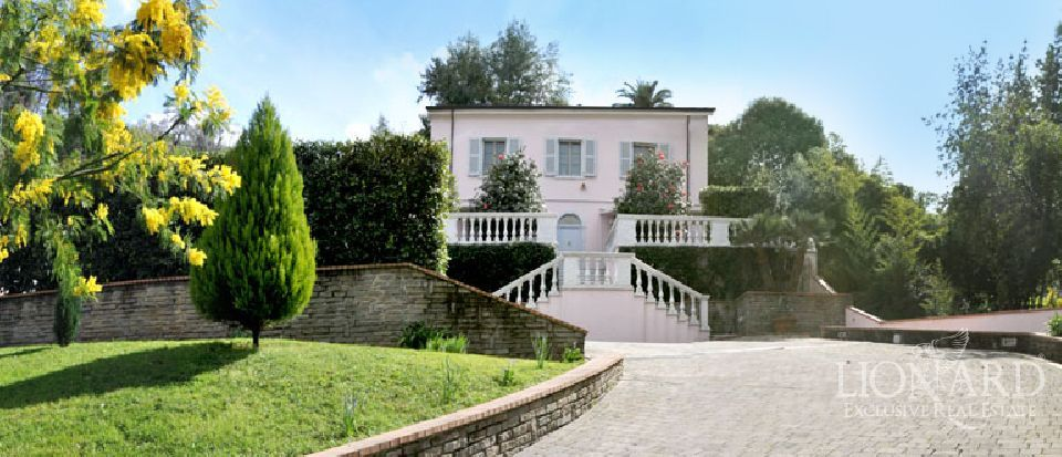 properties for sale in tuscany villa italy