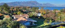 villa a few metres from lake garda for sale