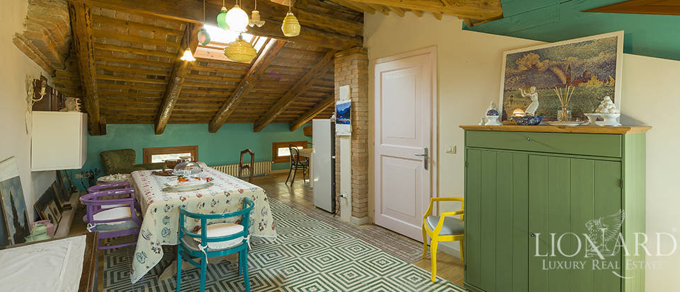 Historical villa for sale in Venice Image 29