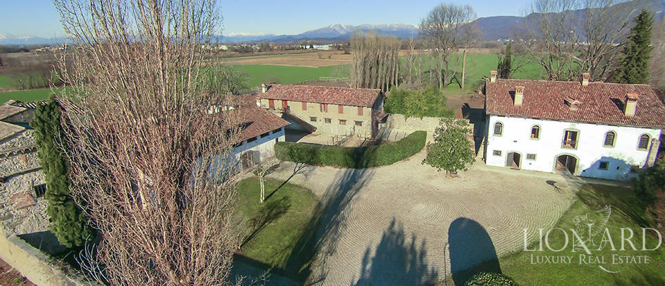 Historical property for sale in Friuli Image 14