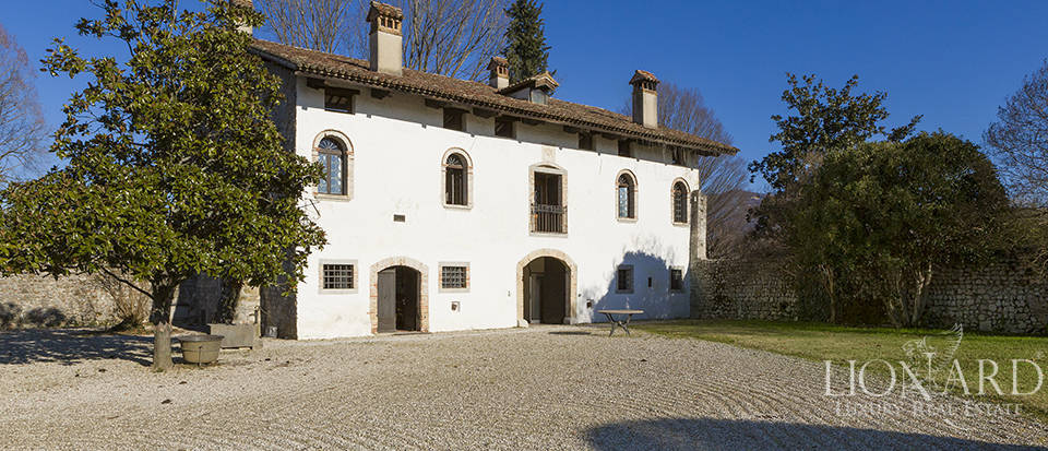 Historical villa for sale in  Friuli Venezia Giulia Image 1