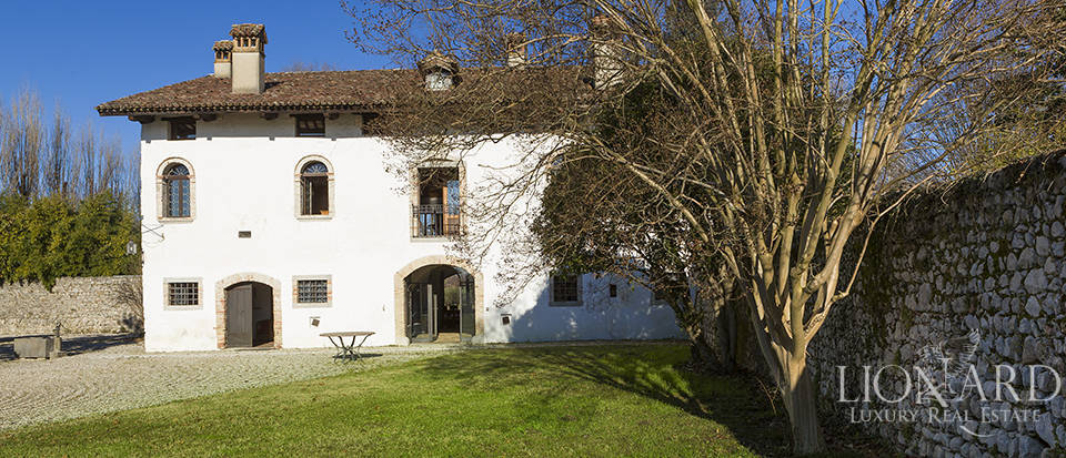 Historical property for sale in Friuli Image 3