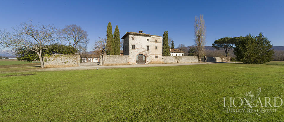 Historical property for sale in Friuli Image 17
