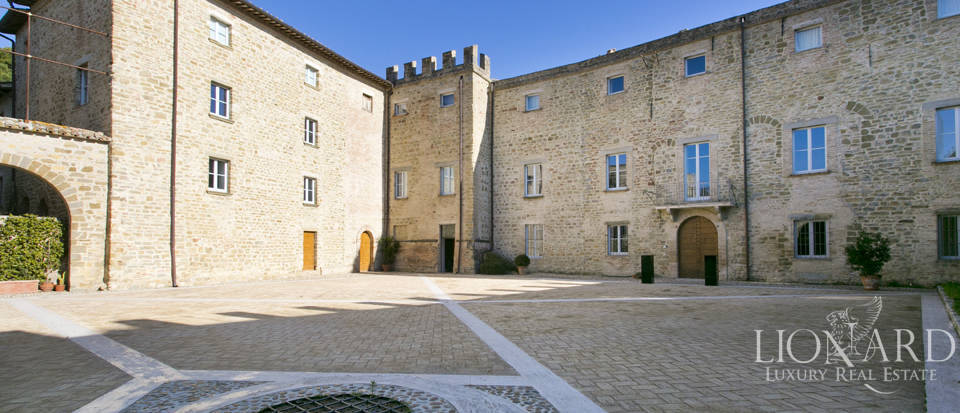 Centuries-old castle for sale in Umbria Image 22