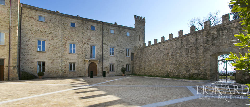 Centuries-old castle for sale in Umbria Image 23