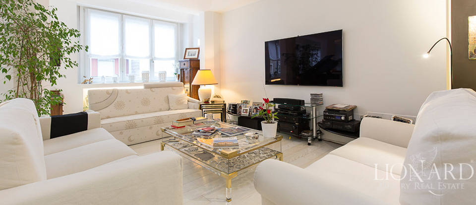 Luxurious apartment for sale in Milan Image 6