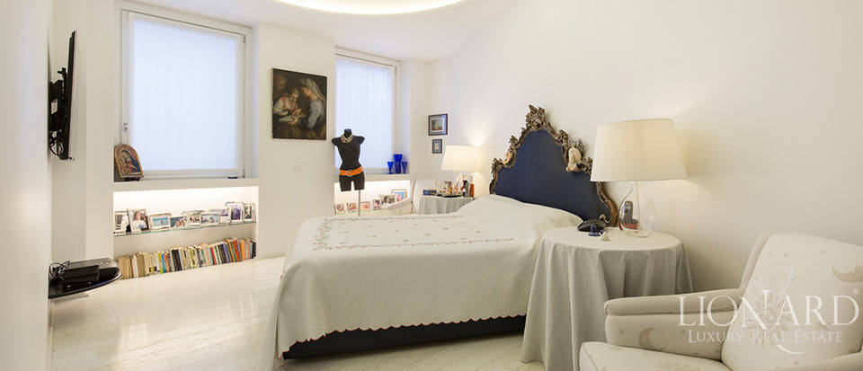 Luxurious apartment for sale in Milan Image 17