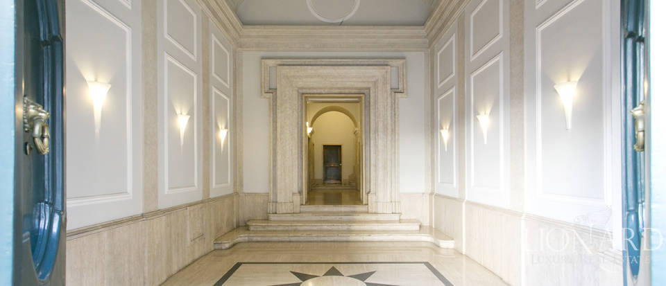 Luxurious penthouse for sale in Rome Image 46