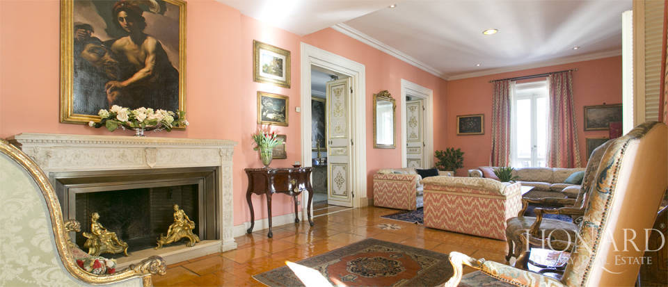 Luxurious penthouse for sale in Rome Image 2