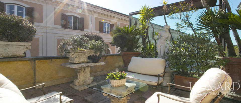 Luxurious penthouse for sale in Rome Image 13