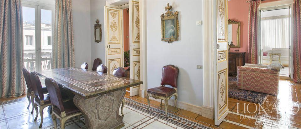 Luxurious penthouse for sale in Rome Image 17