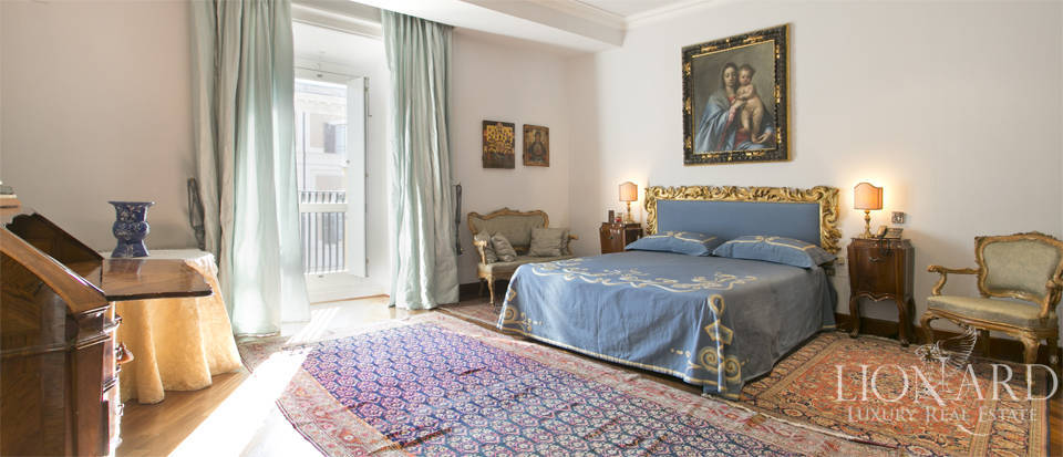 Luxurious penthouse for sale in Rome Image 32