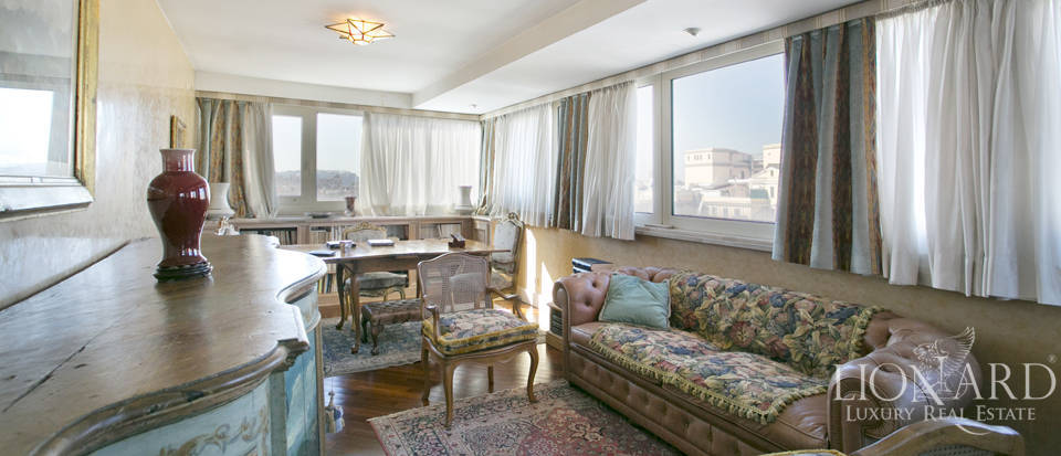 Luxurious penthouse for sale in Rome Image 29