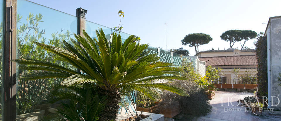 Luxurious penthouse for sale in Rome Image 42