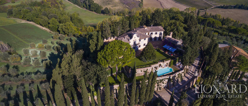 old castle for sale in castelfiorentino