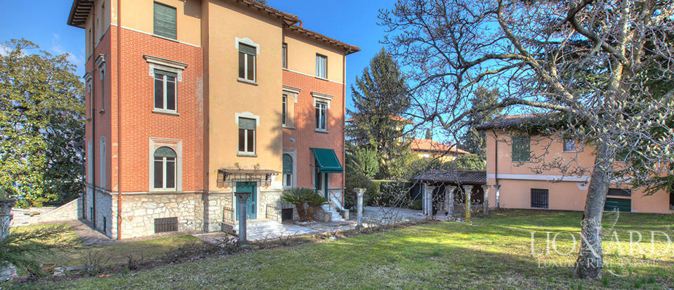 Villa for sale by Lake Garda Image 5