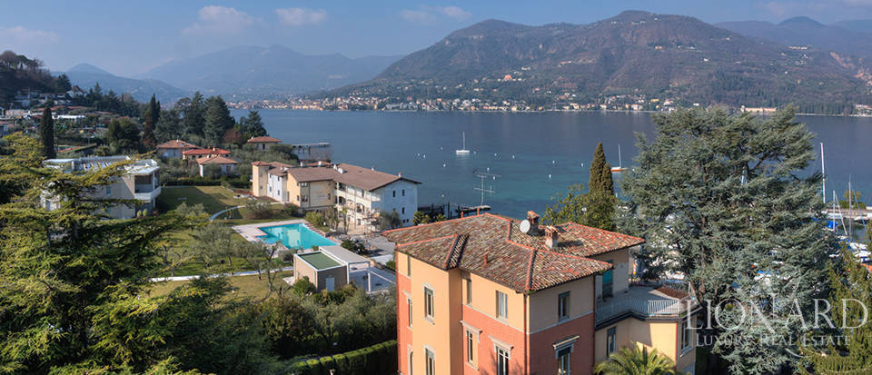 Villa for sale by Lake Garda Image 32