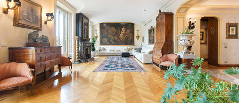 luxurious apartment for sale in the heart of milan