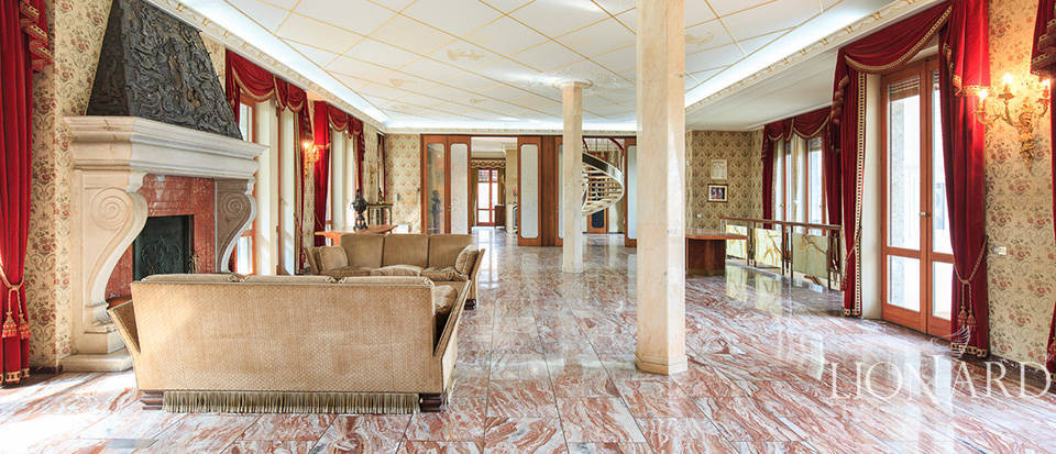 Villa for sale in Como Image 20