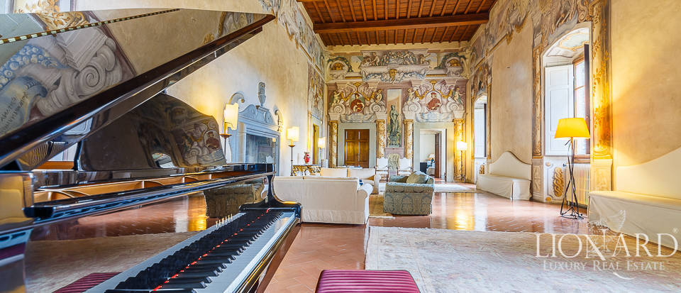 Villa for sale in Florence Image 27