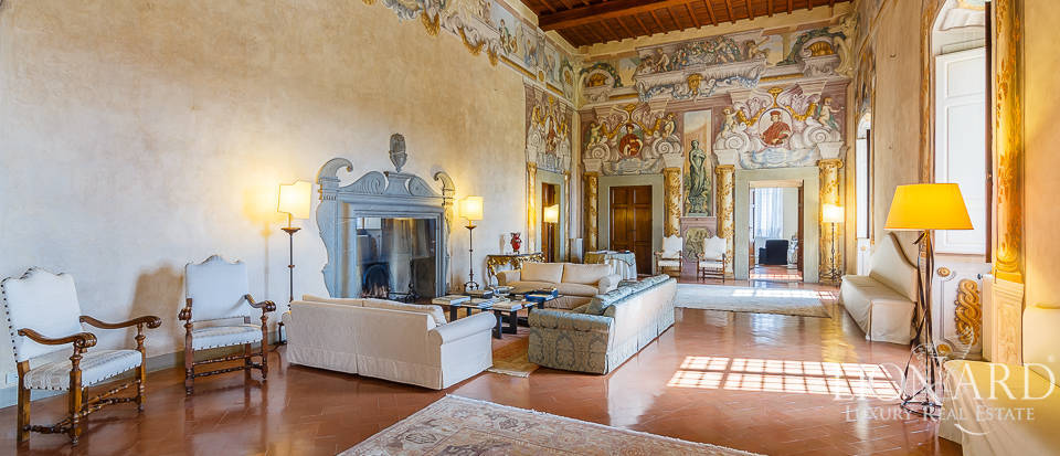 Villa for sale in Florence Image 28
